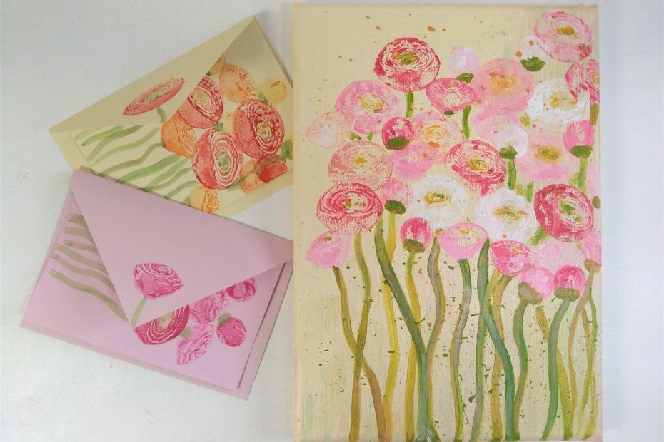 Frühlingsblumen werden auf Karten und auf Keilrahmen gestempelt